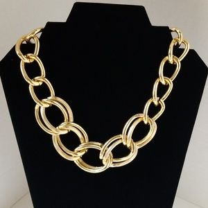 Jewelry - Chunky chain link necklace